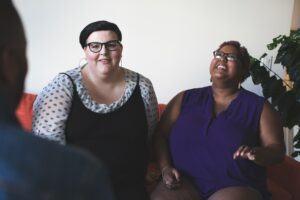 plus-size-women-laughing