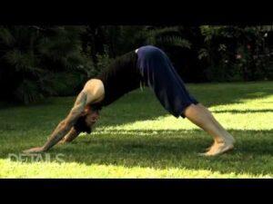 Adam-Levine-yoga
